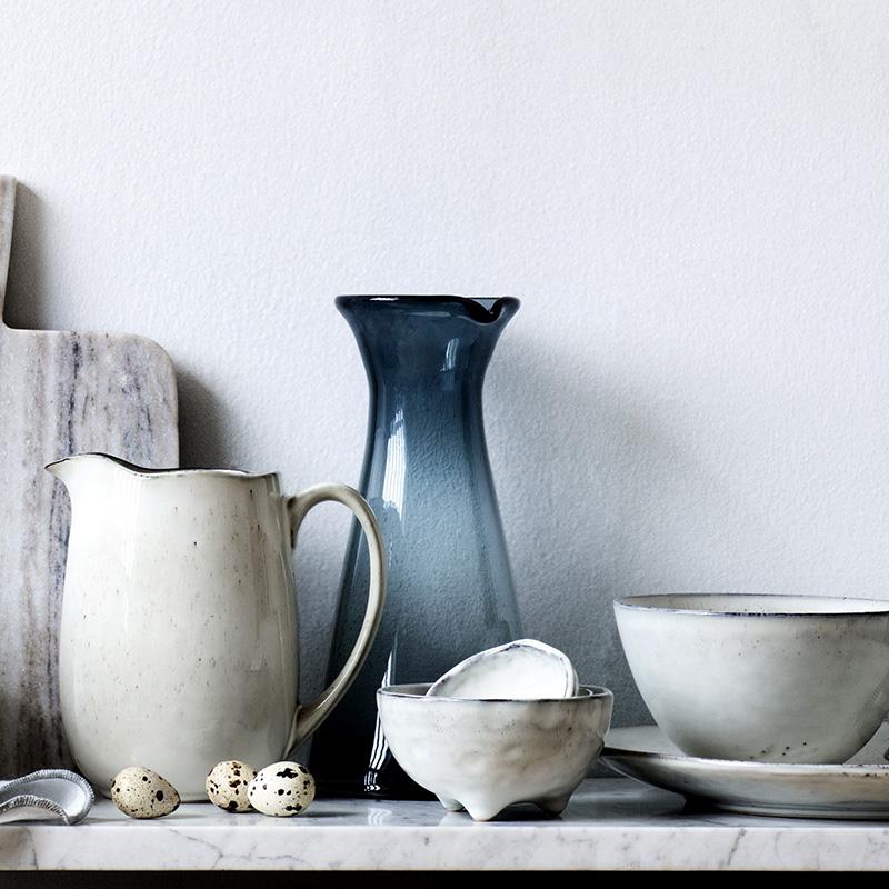 Dekorationsmaterial vasen im nordischen stil for Deko mieten